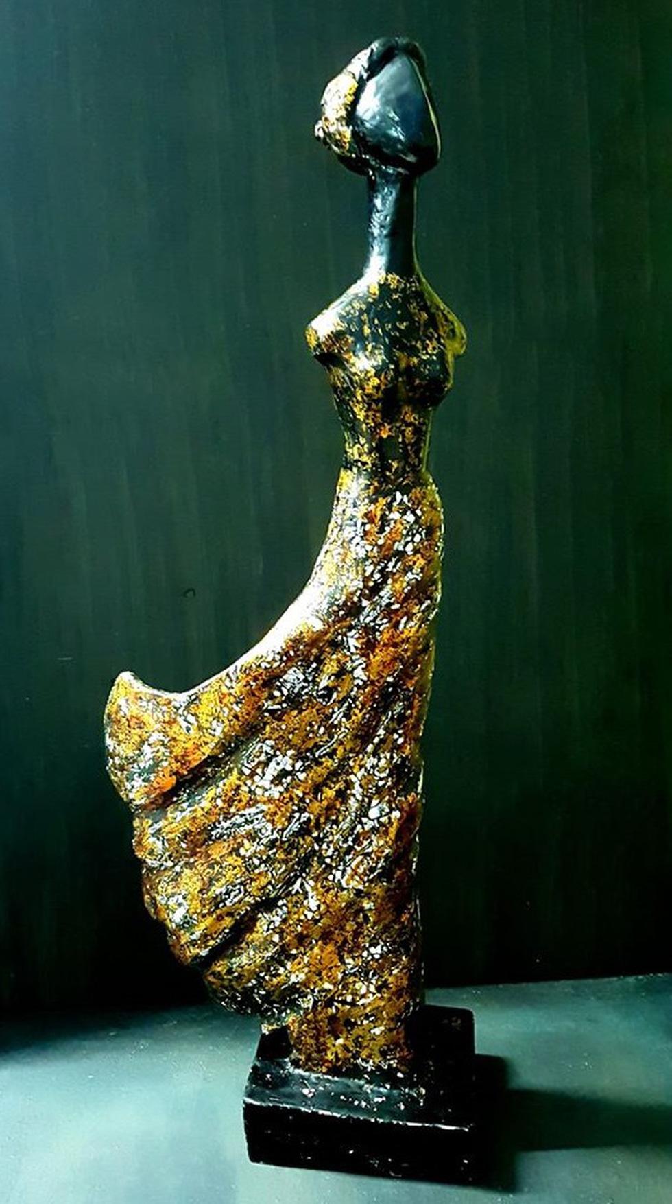 Ngắm tác phẩm của 13 điêu khắc gia trong triển lãm online - Ảnh 6.