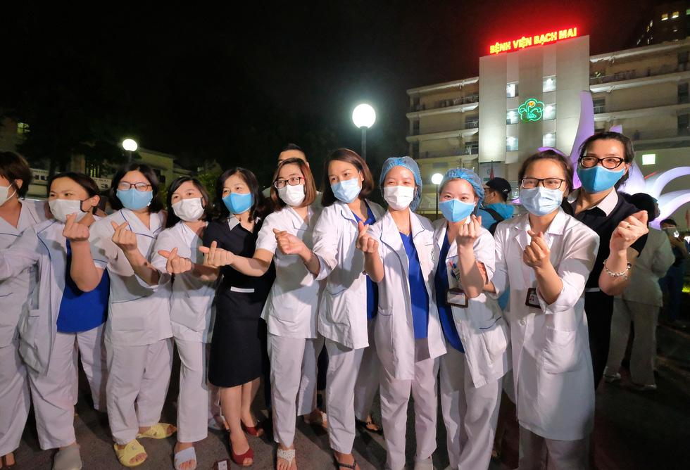 Bệnh viện Bạch Mai hết cách ly từ 0h ngày 12-4, sẽ hoạt động lại vào đầu tháng 5 - Ảnh 6.