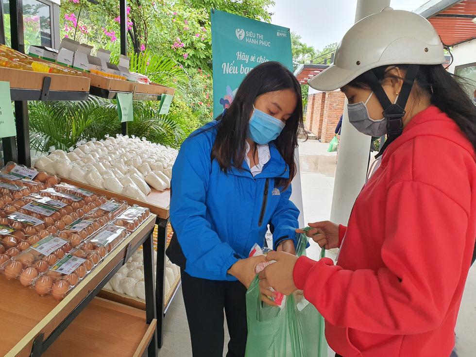 Siêu thị hạnh phúc - siêu thị 0 đồng dành tặng người nghèo - Ảnh 7.