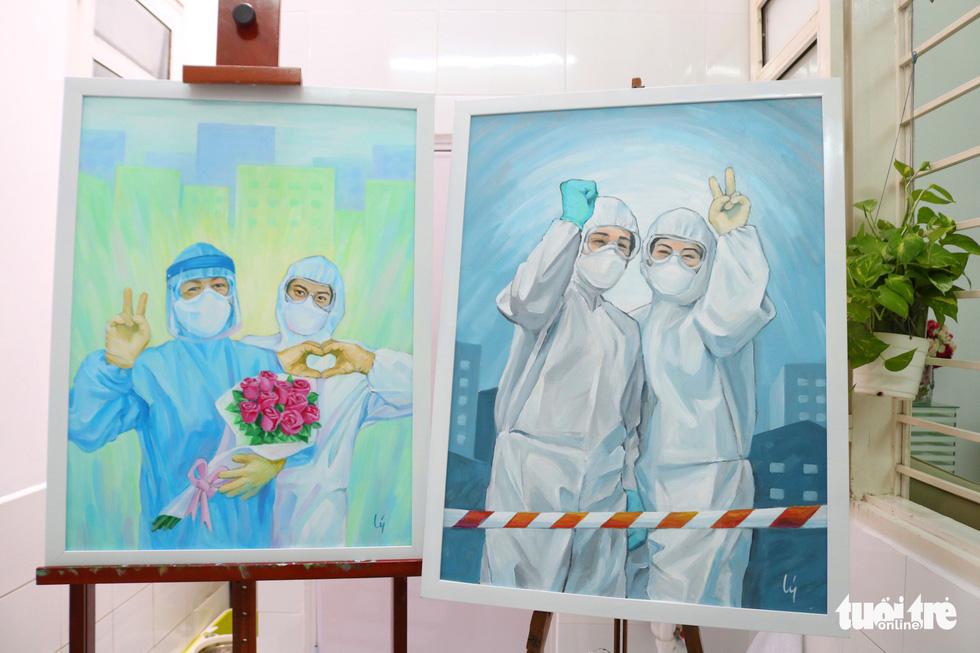 Vẽ tranh cổ động tiếp thêm tinh thần cho y bác sĩ chống dịch COVID-19 - Ảnh 5.