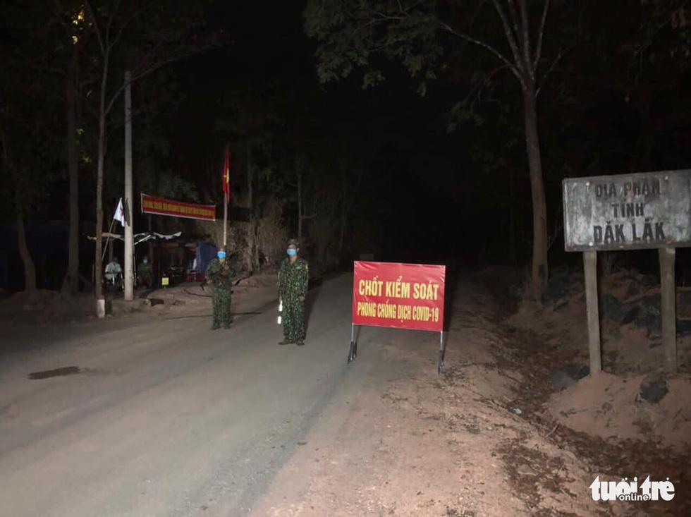 Những chốt chặn dịch trong lòng rừng - Ảnh 9.