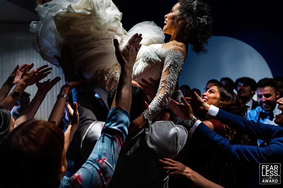Fearless Award - Oscar  ảnh cưới: Tình yêu qua nhưng bức ảnh cưới đẹp nhất năm - Ảnh 4.