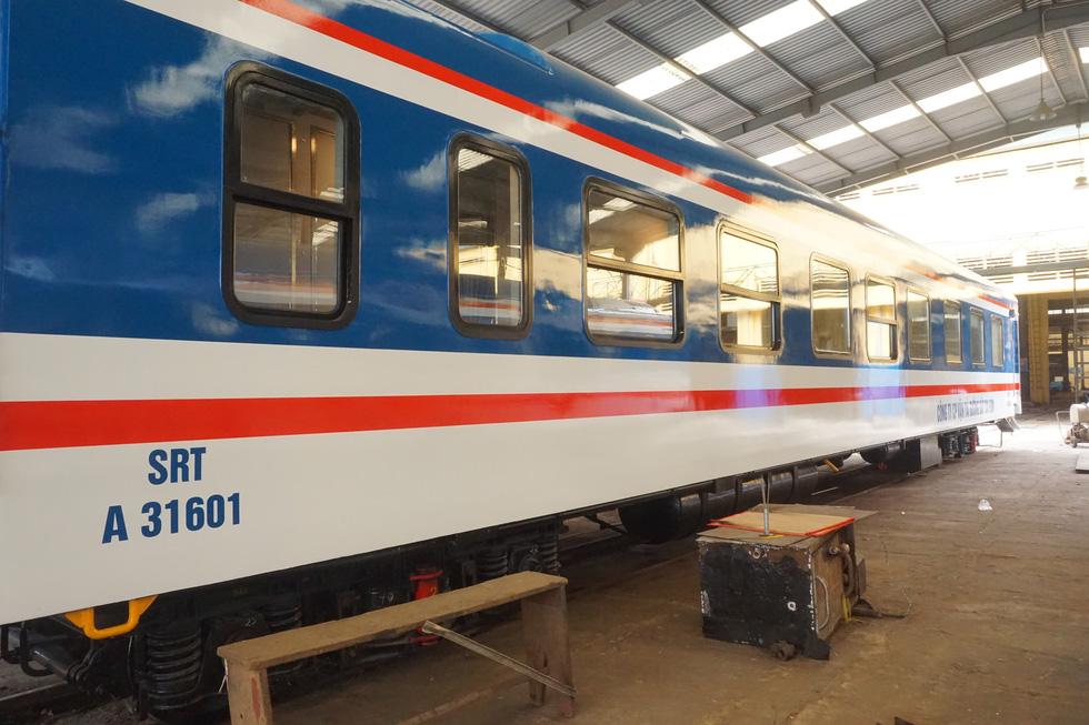Toa tàu lửa có quầy bar do kỹ sư Việt Nam đóng sắp đưa vào khai thác - Ảnh 2.