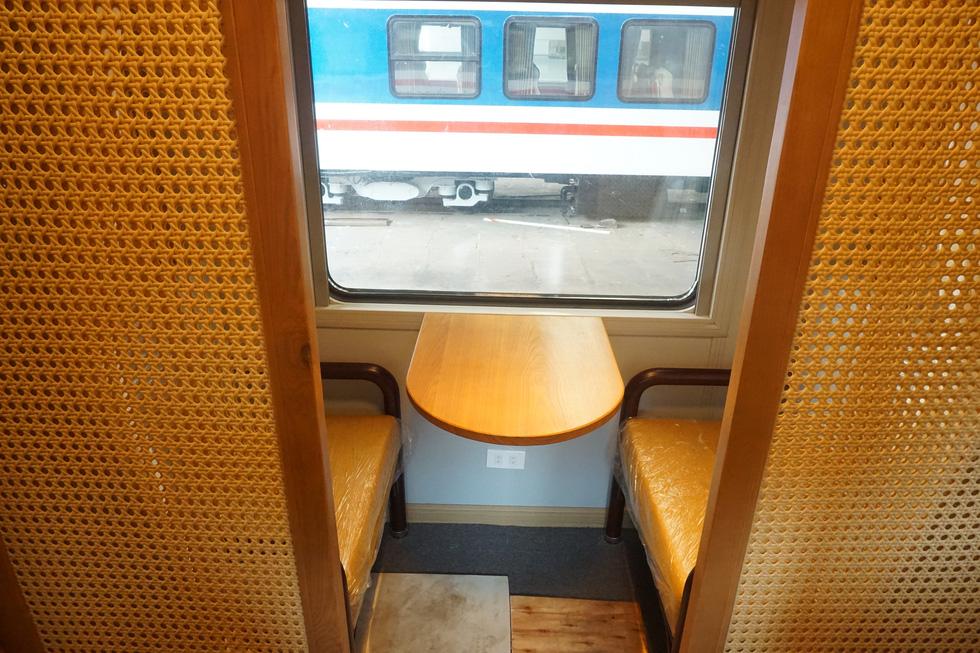 Toa tàu lửa có quầy bar do kỹ sư Việt Nam đóng sắp đưa vào khai thác - Ảnh 7.