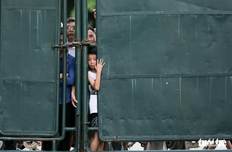 Xuân Trường bất ngờ xuất hiện, tập cùng HAGL trước trận gặp Nam Định - Ảnh 5.