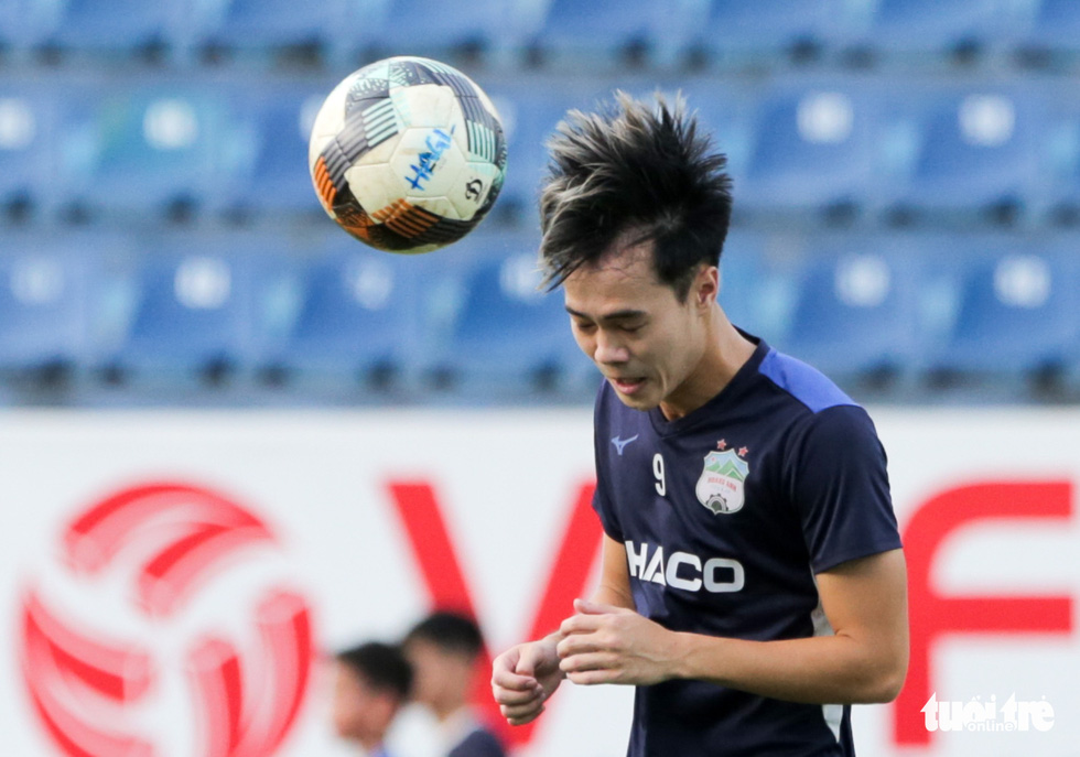Xuân Trường bất ngờ xuất hiện, tập cùng HAGL trước trận gặp Nam Định - Ảnh 8.