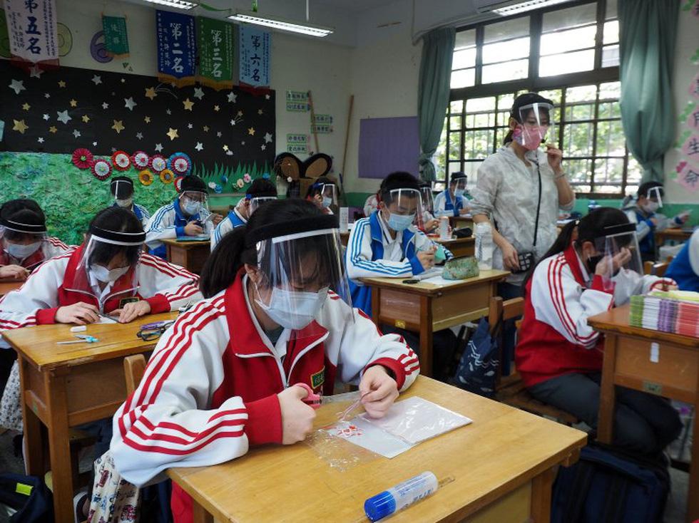Chùm ảnh các trường học trên thế giới với đủ kiểu an toàn cho học sinh - Ảnh 8.