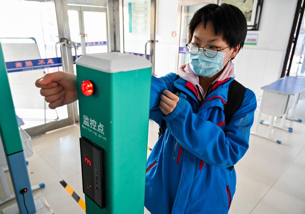 Chùm ảnh các trường học trên thế giới với đủ kiểu an toàn cho học sinh - Ảnh 3.