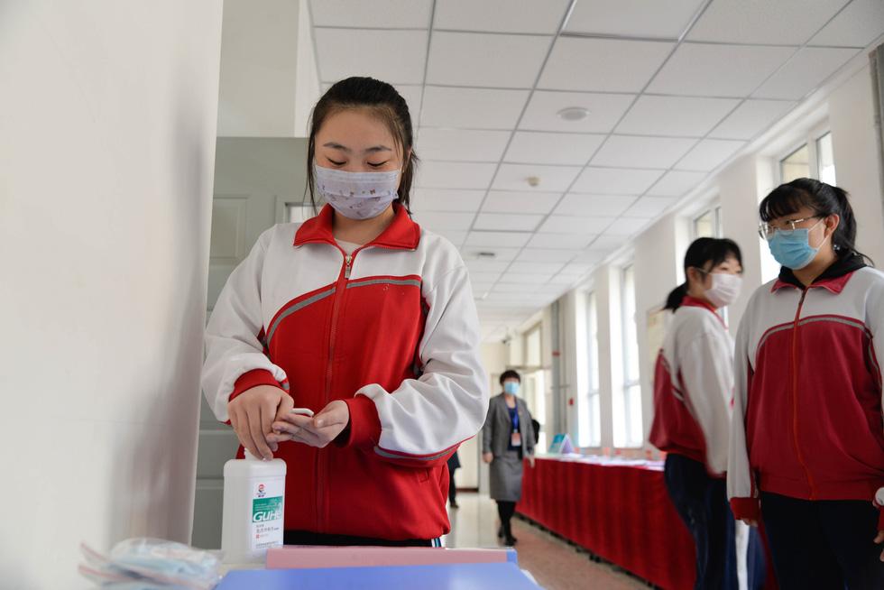 Chùm ảnh các trường học trên thế giới với đủ kiểu an toàn cho học sinh - Ảnh 5.