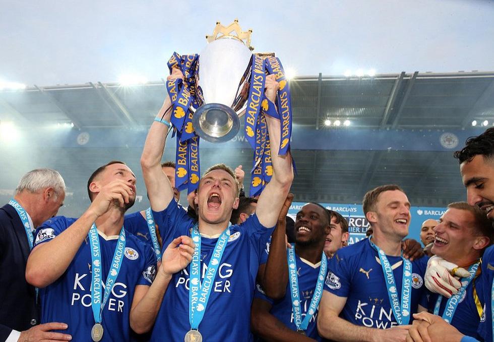 Ngày này năm xưa: Leicester City lên ngôi vô địch Premier League - Ảnh 12.