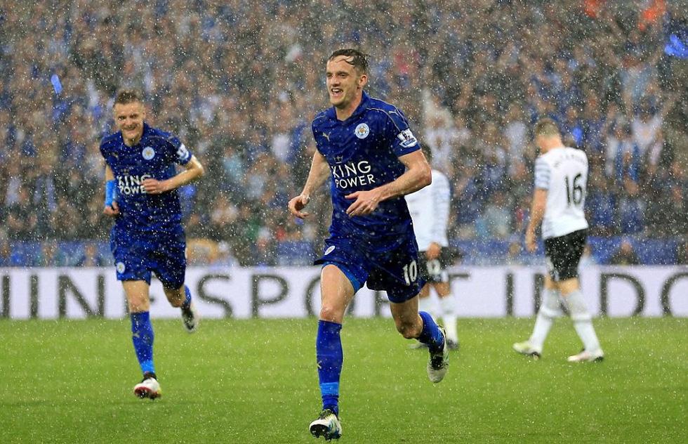 Ngày này năm xưa: Leicester City lên ngôi vô địch Premier League - Ảnh 7.