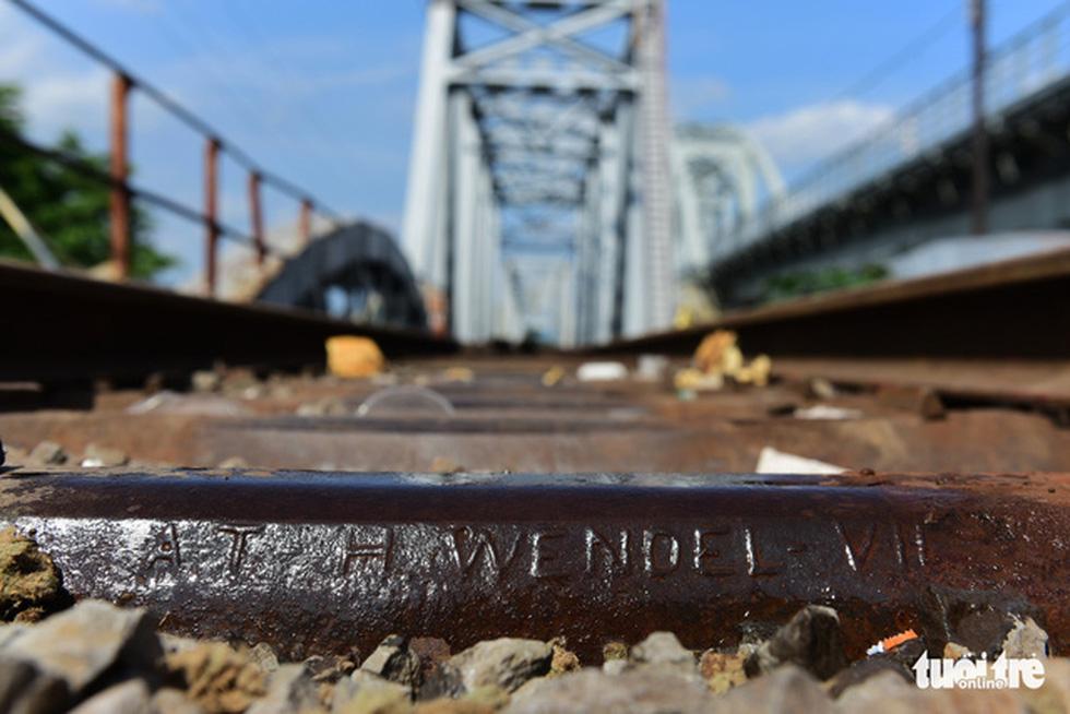 Tháo cầu sắt Bình Lợi 118 tuổi, giữ lại 2 nhịp để bảo tồn - Ảnh 13.