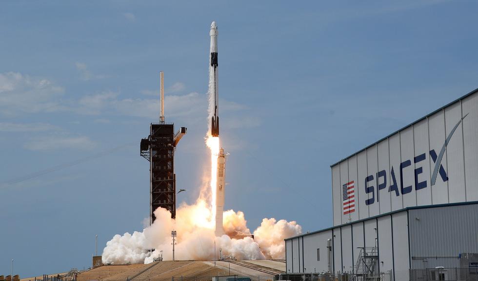 Hành trình từ 1% thành công đến cột mốc lịch sử của SpaceX - Ảnh 4.