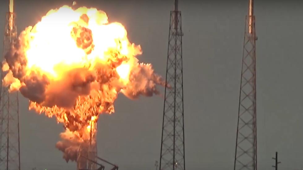 Hành trình từ 1% thành công đến cột mốc lịch sử của SpaceX - Ảnh 5.