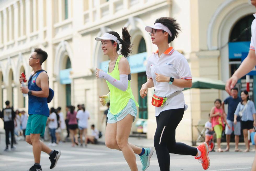 Giải chạy bộ hưởng ứng ngày không tiền mặt 2020: Ngày đầu háo hức - Ảnh 6.
