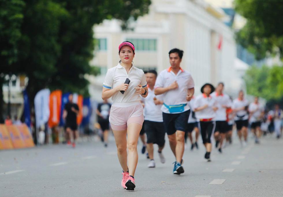 Giải chạy bộ hưởng ứng ngày không tiền mặt 2020: Ngày đầu háo hức - Ảnh 11.