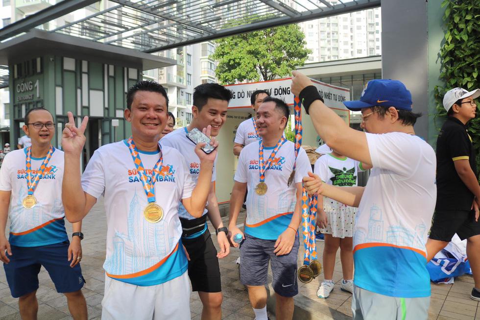 Giải chạy bộ hưởng ứng ngày không tiền mặt 2020: Ngày đầu háo hức - Ảnh 22.