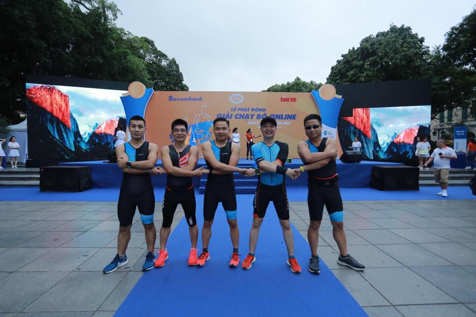 Giải chạy bộ hưởng ứng ngày không tiền mặt 2020: Ngày đầu háo hức - Ảnh 26.