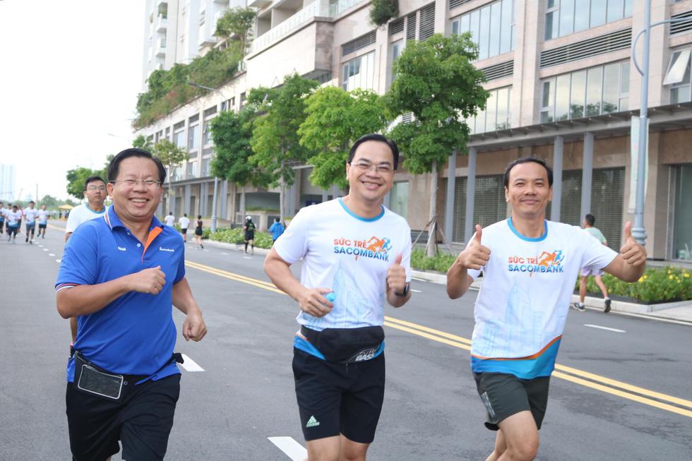 Giải chạy bộ hưởng ứng ngày không tiền mặt 2020: Ngày đầu háo hức - Ảnh 27.