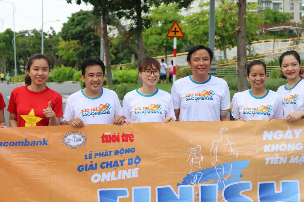 Giải chạy bộ hưởng ứng ngày không tiền mặt 2020: Ngày đầu háo hức - Ảnh 23.