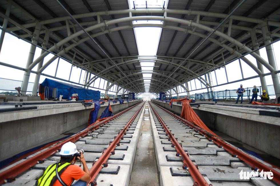 Cận cảnh các nhà ga trên cao tuyến metro Bến Thành - Suối Tiên - Ảnh 5.