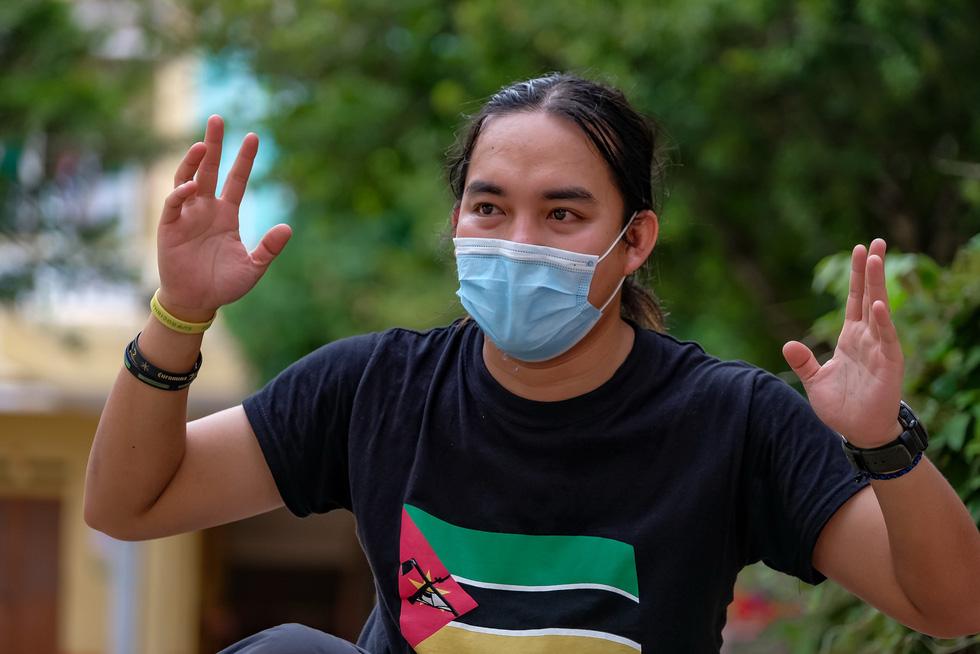 Chàng trai Việt đi xe máy vòng quanh thế giới: Học được muôn ngàn bài học ý nghĩa - Ảnh 8.