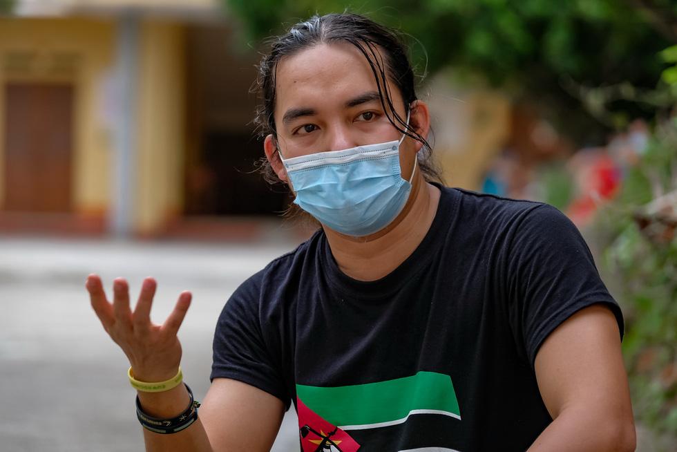 Chàng trai Việt đi xe máy vòng quanh thế giới: Học được muôn ngàn bài học ý nghĩa - Ảnh 3.