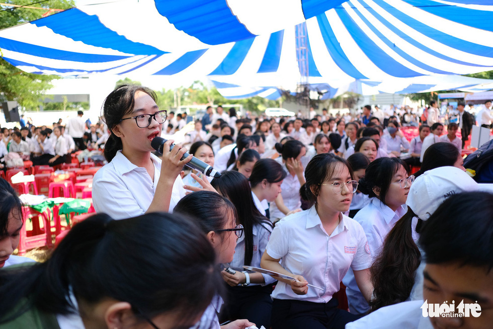 Sáng nay 20-6, tư vấn tuyển sinh - hướng nghiệp 2020 ở Quảng Nam - Ảnh 4.