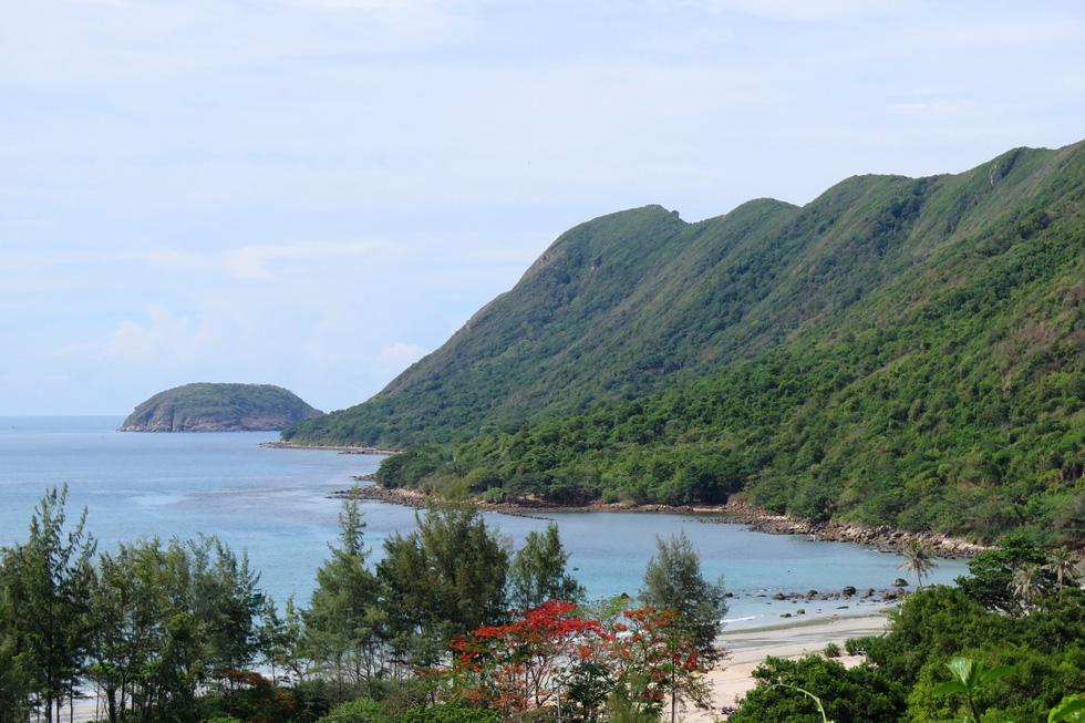 Thong dong Côn Đảo những ngày hè đẹp nhất trong năm - Ảnh 3.