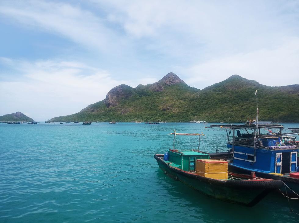 Thong dong Côn Đảo những ngày hè đẹp nhất trong năm - Ảnh 10.