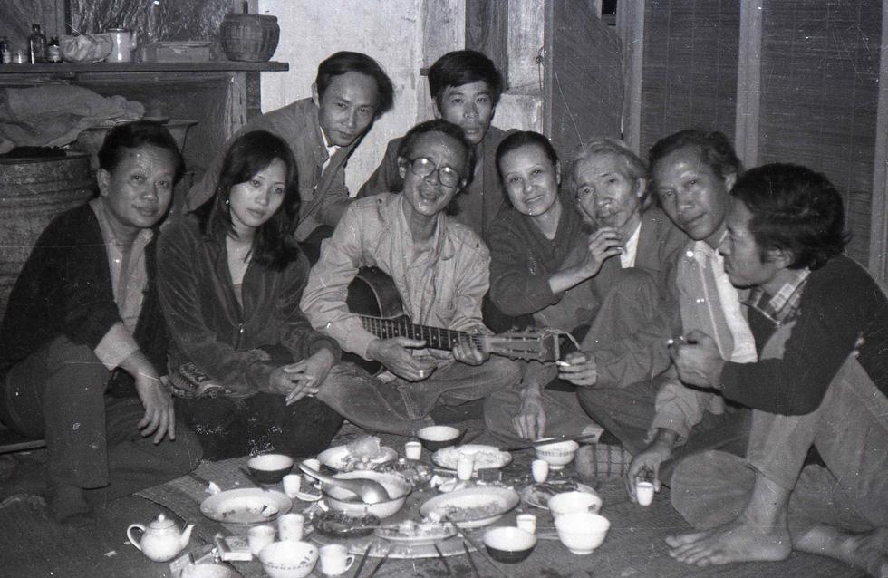 Tưởng nhớ Trịnh Công Sơn với đêm nhạc Biển nhớ và Cánh vạc Kinh Bắc - Ảnh 1.
