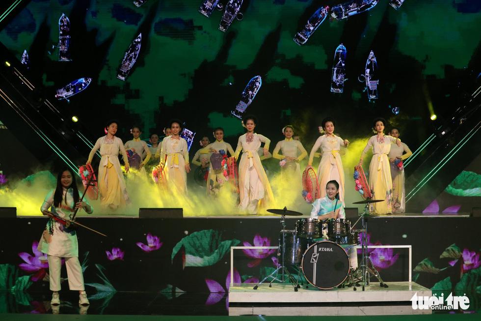Lễ hội TP.HCM diễn ra 6 ngày từ 10h đến 22h30 tại phố đi bộ Nguyễn Huệ - Ảnh 7.