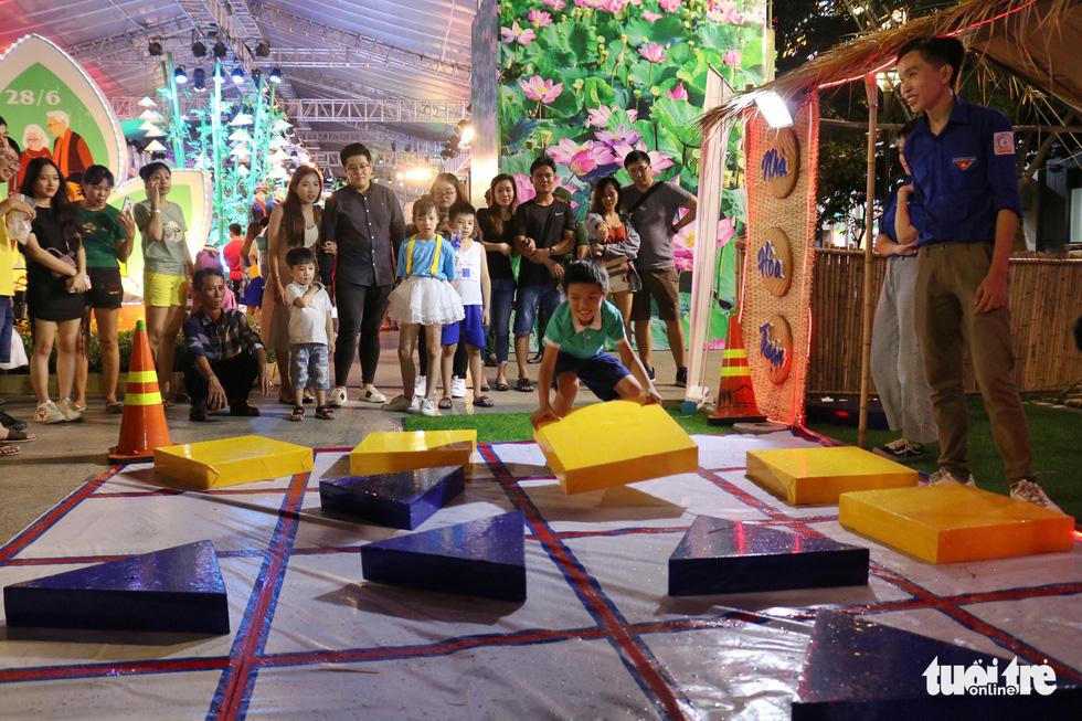 Lễ hội TP.HCM diễn ra 6 ngày từ 10h đến 22h30 tại phố đi bộ Nguyễn Huệ - Ảnh 9.