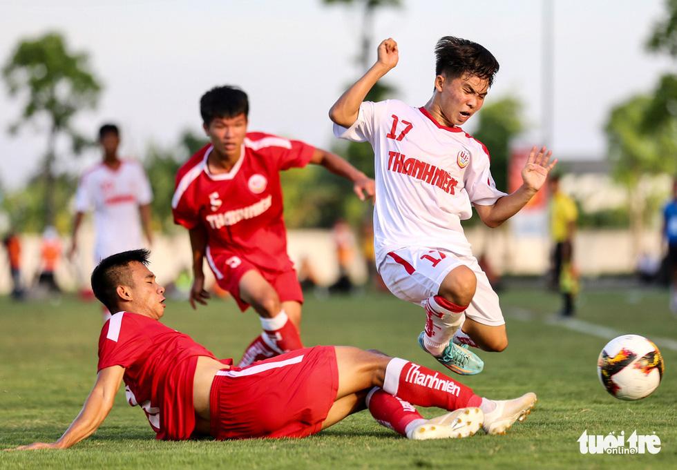 Hàng thủ mơ ngủ, Hoàng Anh Gia Lai lần thứ 3 lỡ hẹn chức vô địch U19 quốc gia - Ảnh 1.