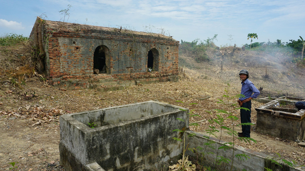 Choáng ngợp với tường thành 3 tầng bậc, 24 pháo đài kinh thành Huế xuất lộ - Ảnh 10.