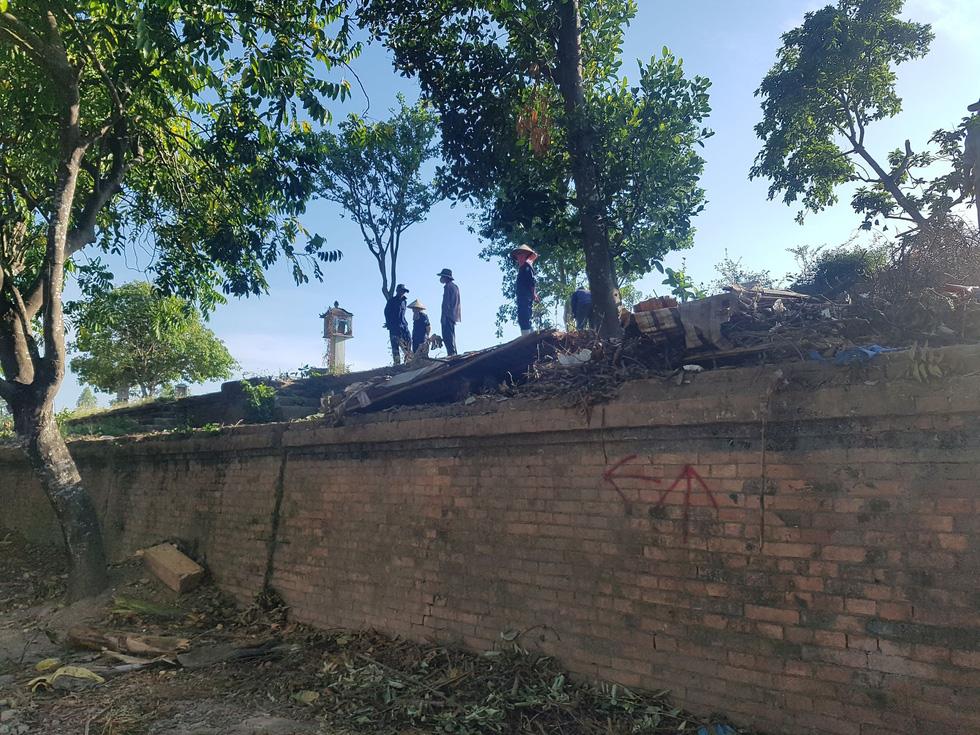 Choáng ngợp với tường thành 3 tầng bậc, 24 pháo đài kinh thành Huế xuất lộ - Ảnh 13.