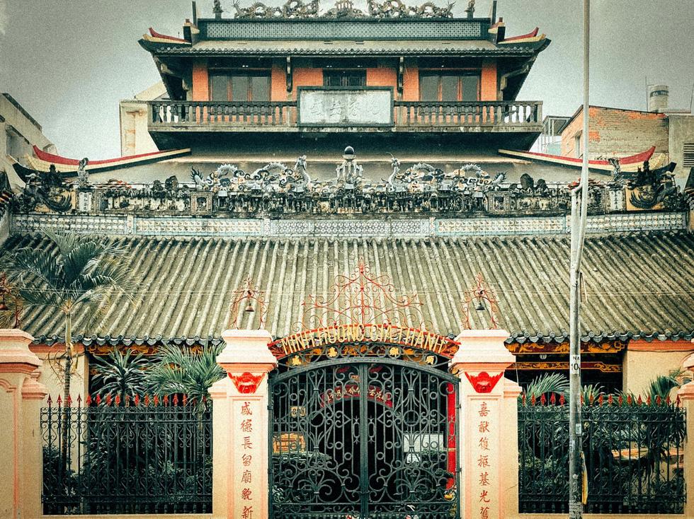 Khám phá 3 hội quán lâu đời ở Sài Gòn - Ảnh 2.