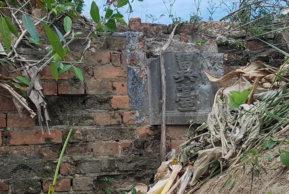 Choáng ngợp với tường thành 3 tầng bậc, 24 pháo đài kinh thành Huế xuất lộ - Ảnh 6.