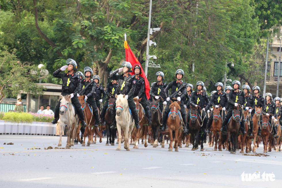 Ra mắt Đoàn cảnh sát cơ động kỵ binh - Ảnh 6.