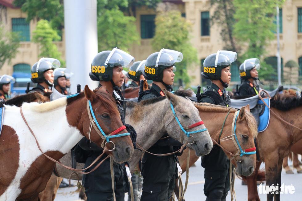 Ra mắt Đoàn cảnh sát cơ động kỵ binh - Ảnh 9.