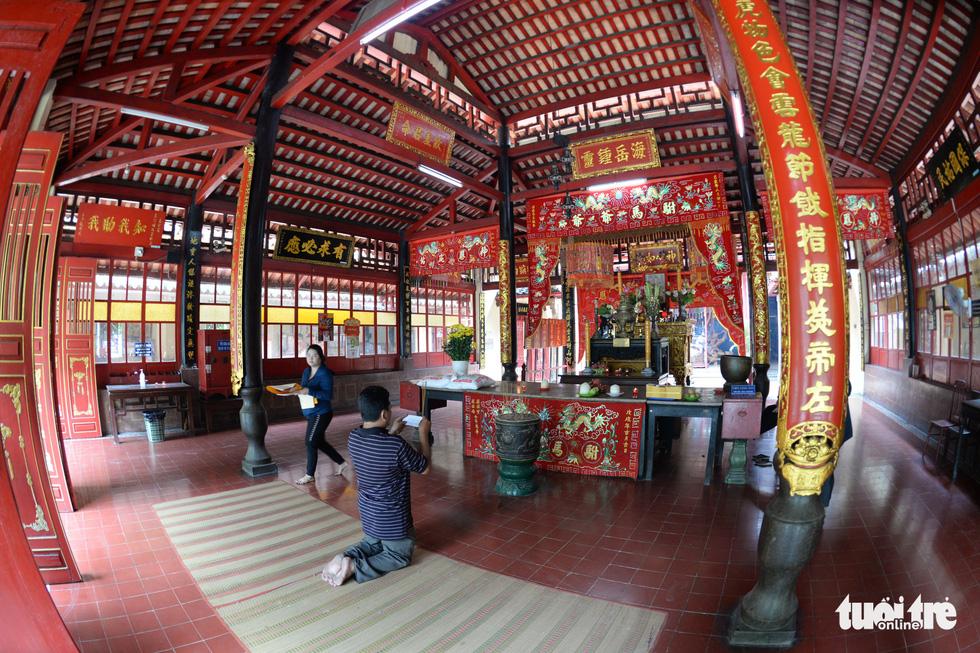 Những hình ảnh kể sự tích ở lăng Tả quân Lê Văn Duyệt - Ảnh 6.