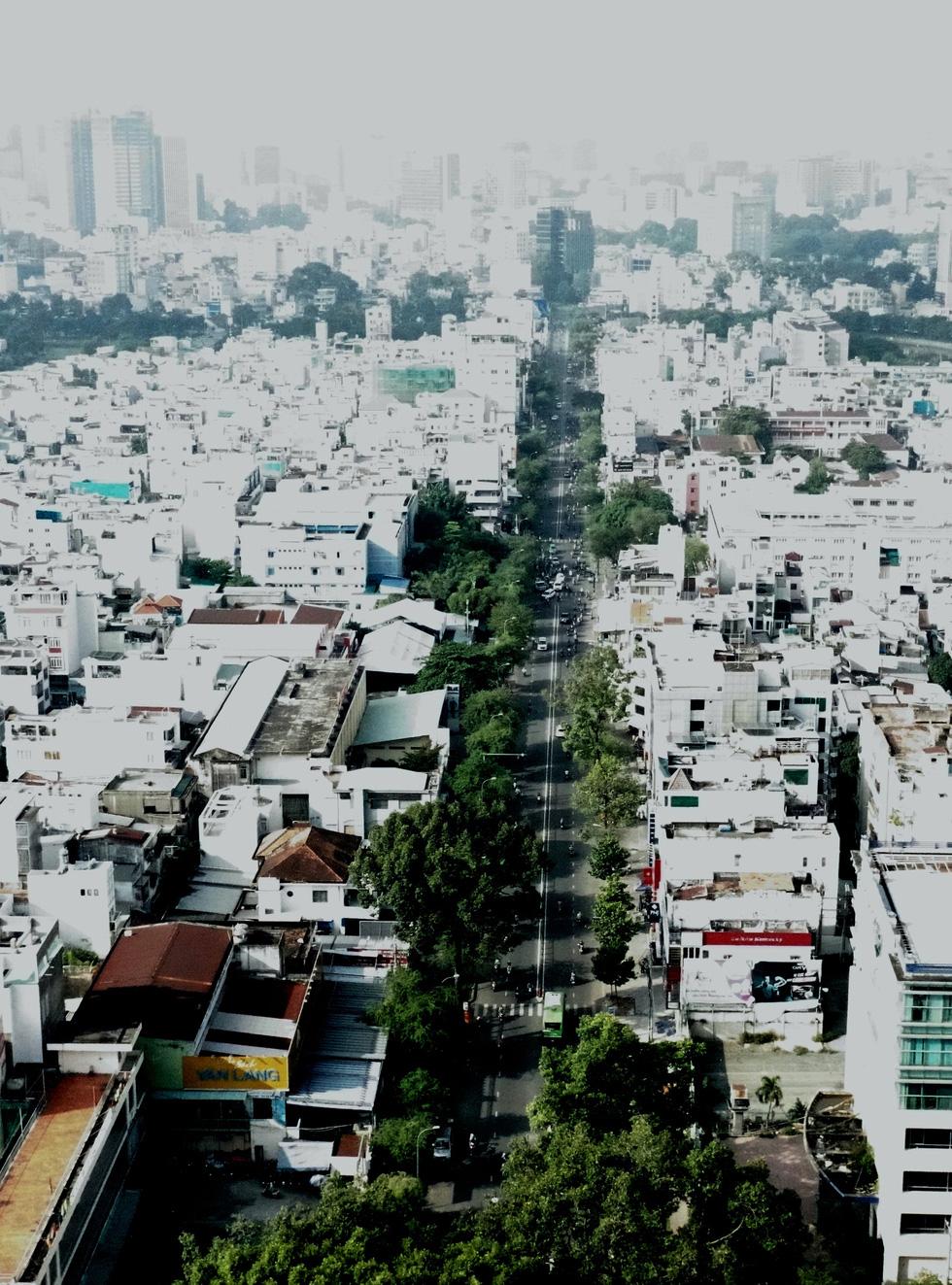 Ngắm đoạn đường Đinh Tiên Hoàng sắp đổi tên thành Lê Văn Duyệt - Ảnh 2.