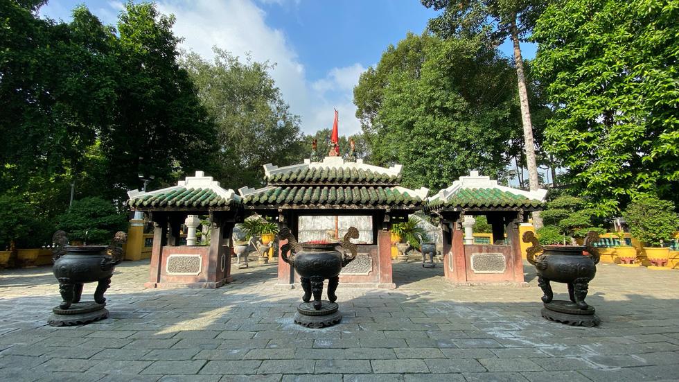 Ngắm đoạn đường Đinh Tiên Hoàng sắp đổi tên thành Lê Văn Duyệt - Ảnh 5.