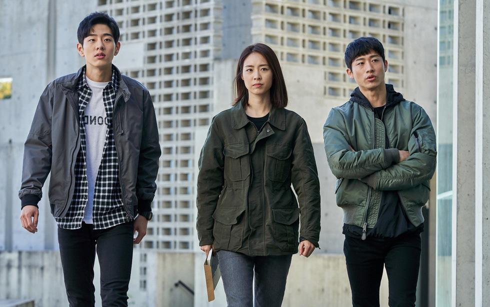 Ok Taecyeon - người thấy cái chết trong Trở về hư không - Ảnh 3.