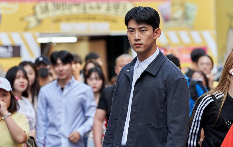Ok Taecyeon - người thấy cái chết trong Trở về hư không - Ảnh 1.