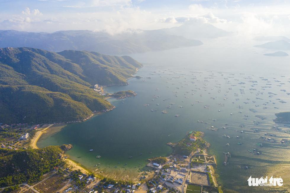 Chơi xả hơi trọn mùa hè ở Nha Trang, một trong những vịnh đẹp nhất thế giới - Ảnh 6.