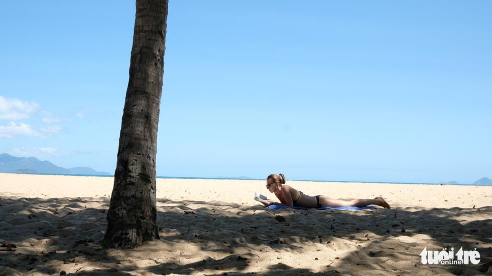 Chơi xả hơi trọn mùa hè ở Nha Trang, một trong những vịnh đẹp nhất thế giới - Ảnh 10.