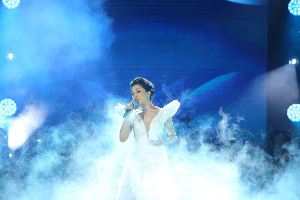 Cánh vạc Kinh Bắc: Hát nhạc Trịnh cho hàng chục ngàn khán giả Bắc Ninh - Ảnh 12.