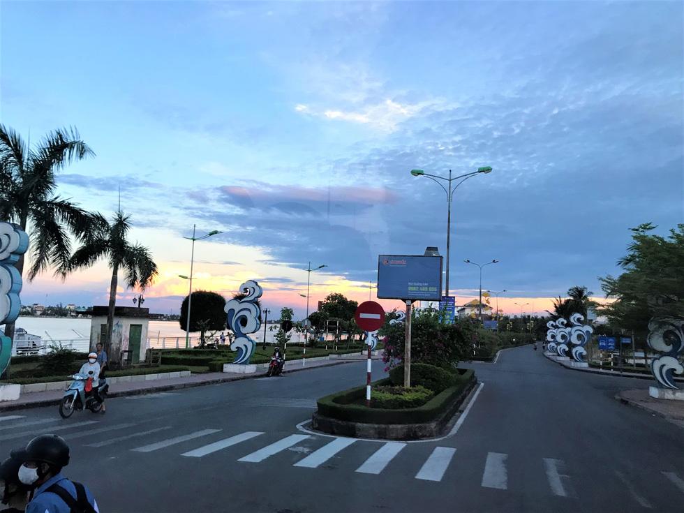 Đến Quảng Bình tắm mát suối Chày, Nước Moọc - Ảnh 3.