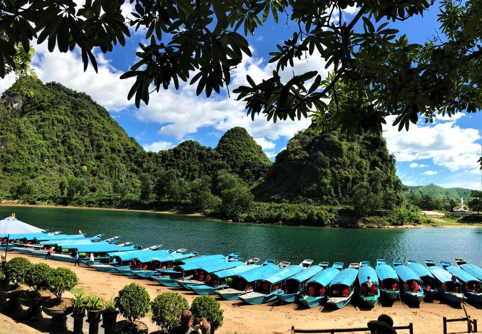 Đến Quảng Bình tắm mát suối Chày, Nước Moọc - Ảnh 5.